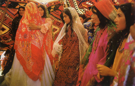 iran travel tour nomads dance