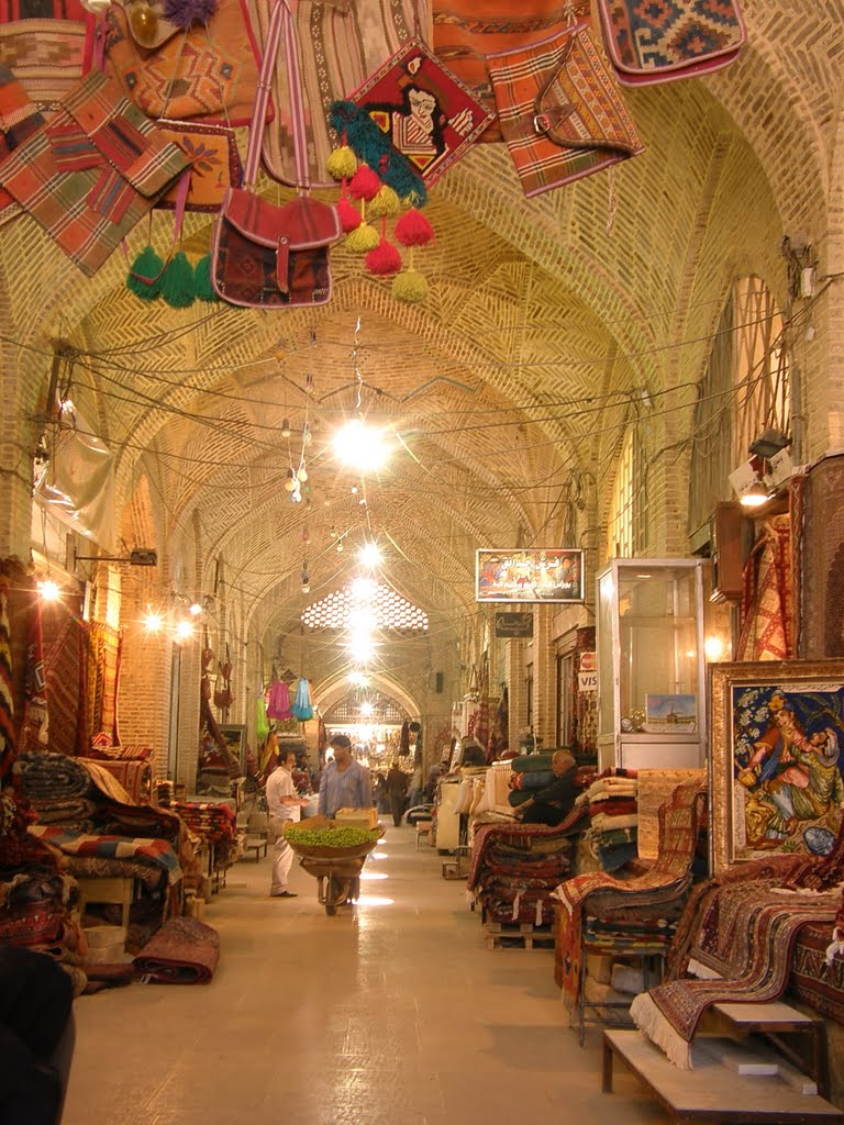 shiraz-vakil-bazaar-by-parastoo-all-rigths-reserved