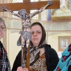 Iran_church_christians