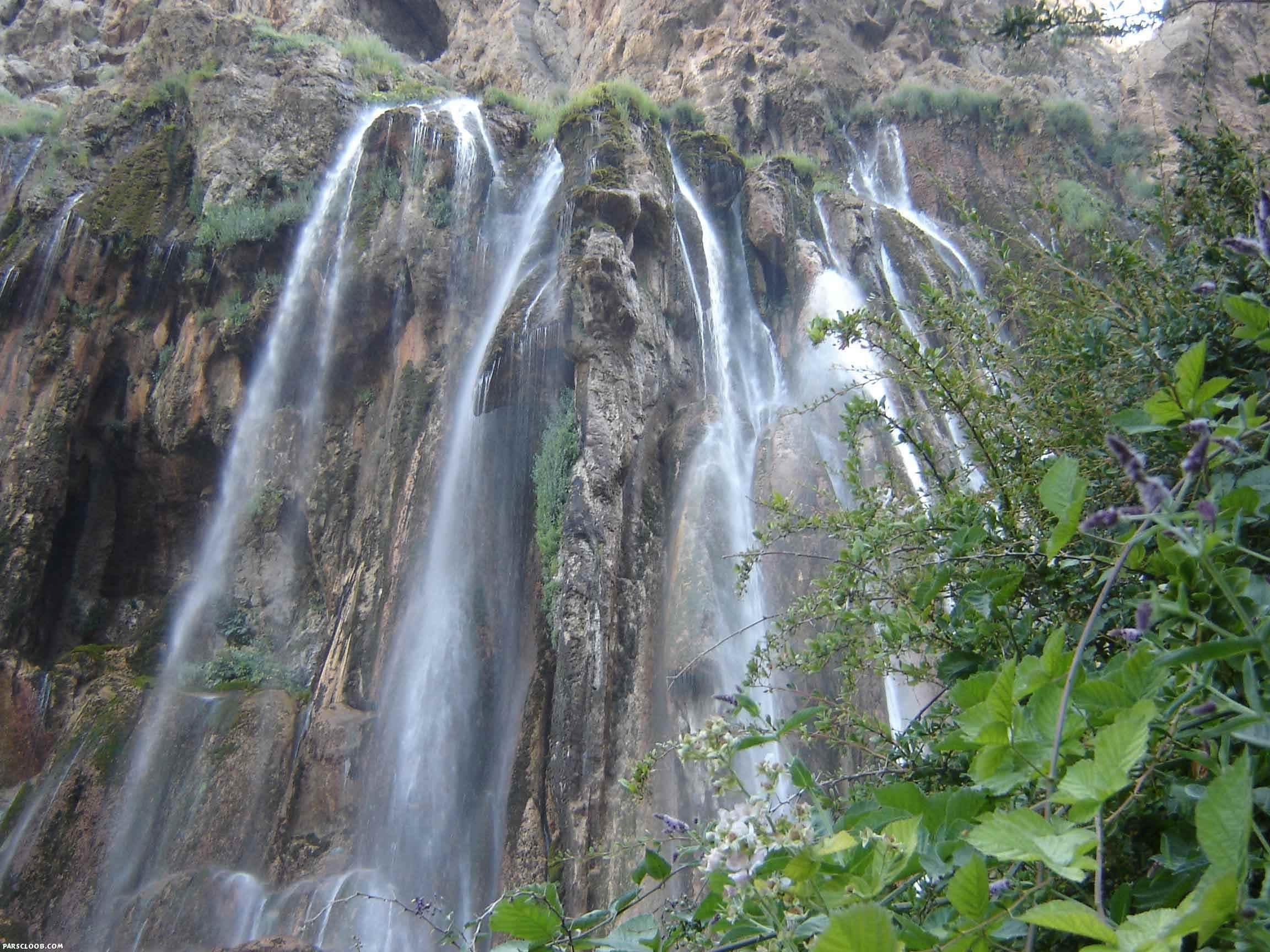 Kuh Mare Sorkhi Waterfall (کوهمره سرخی آبشار), Fars, Iran