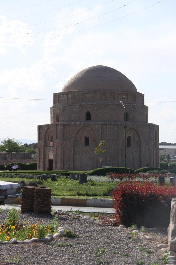 Kerman-Moshtaghieh